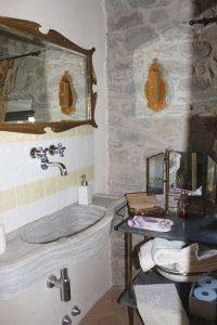 B&B Eremo Gioioso in lunigiana: bagno camera l?Ulivo